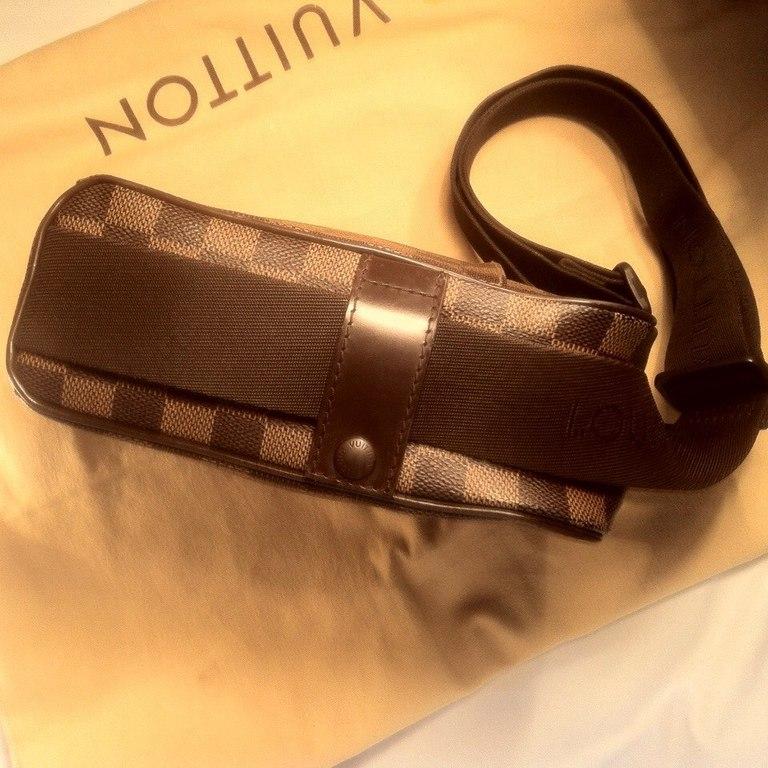 Louis vuitton сумка через плече